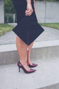 tenue feminine pour remise de diplome
